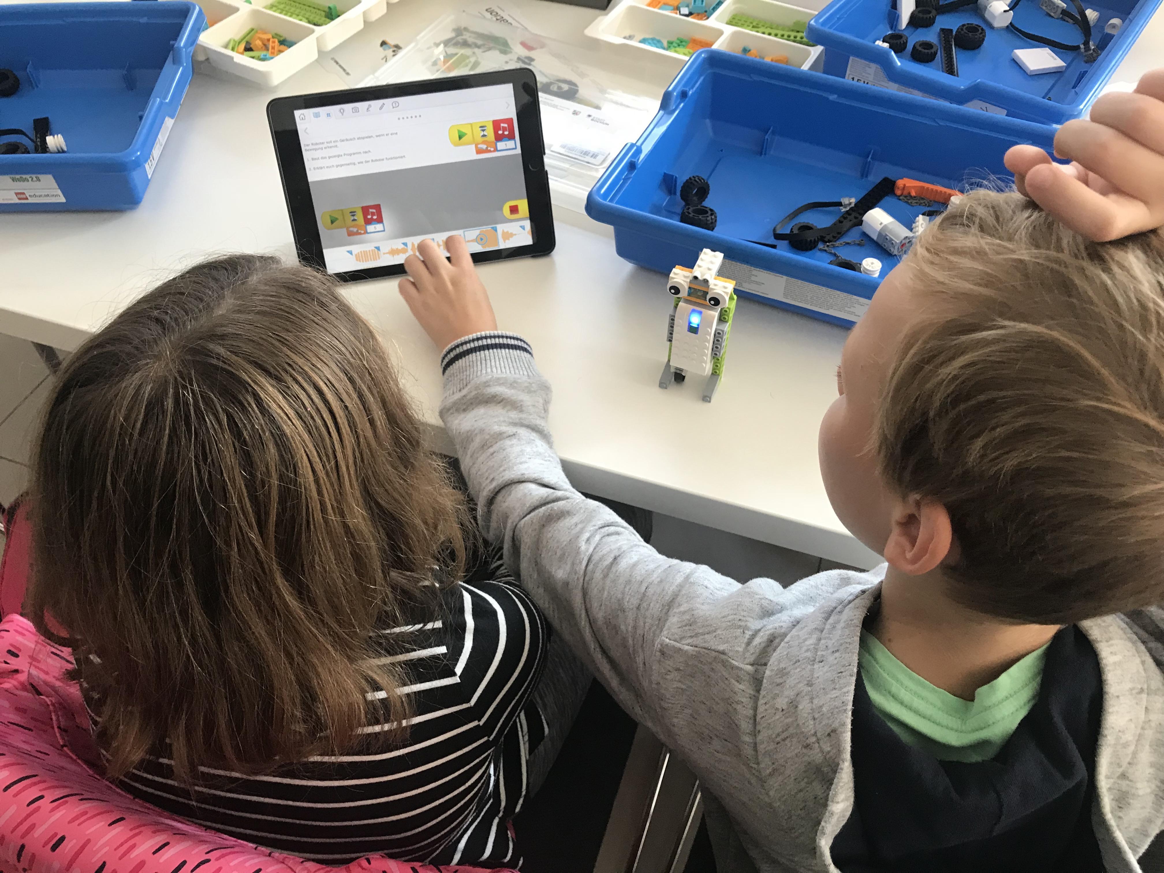 LEGO WeDO-Robotik: Ursula die Weltraumschnecke
